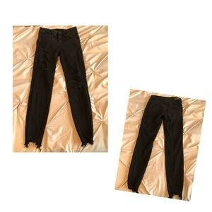 Black American Eagle Ripped Jeans